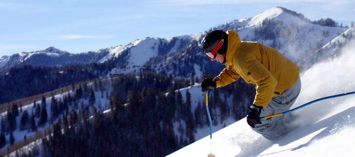 Spar penge på dit nye skitøj til den kommende tur til alperne!